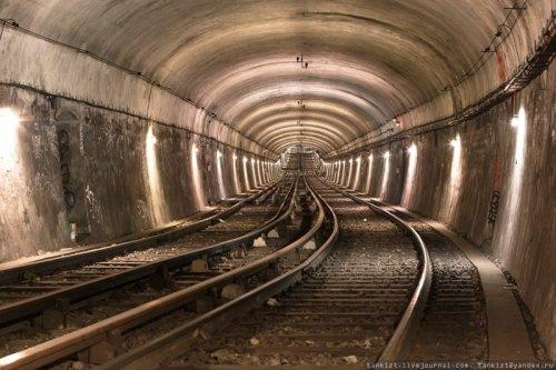 Подземелья Парижа. Парижский метрополитен (21фото)