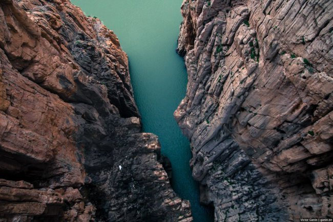 Одна из самых опасных троп в мире - Caminito del Rey(52фото+1видео)