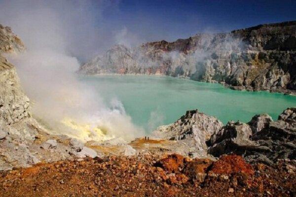 Иджен: Вулканическая серная шахта в Индонезии(29фото)