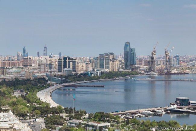 Как из Баку творят кавказский Дубаи(45фото)