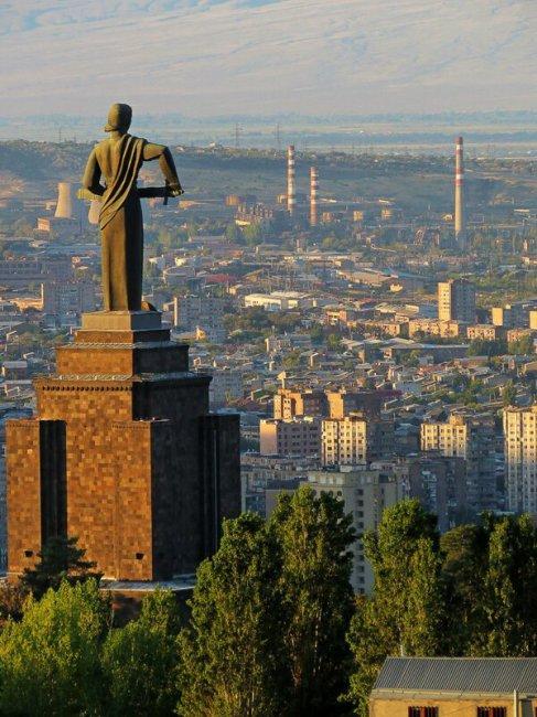 Реалии и восстановление Армении(63фото)